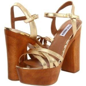 Steve Madden Jupetir Platform Sandals